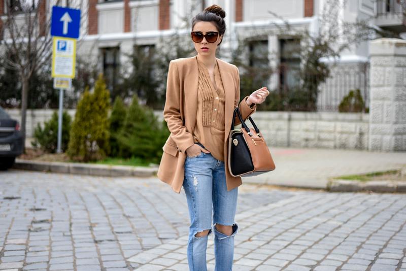 Laura Charaba Romanian Fashion Blogger