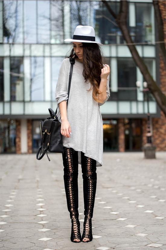 Jessica Buurman summer boots