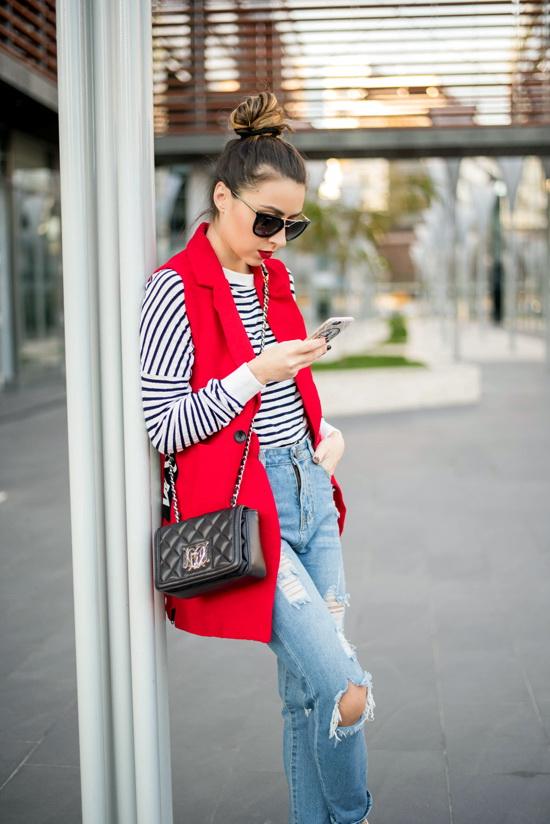 red choies vest