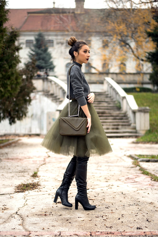 how to wear a tulle skirt to work