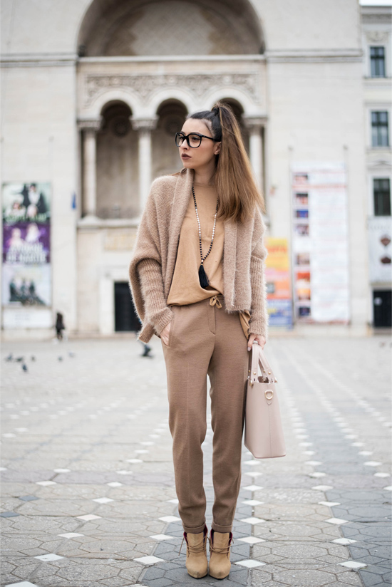 all beige outfit