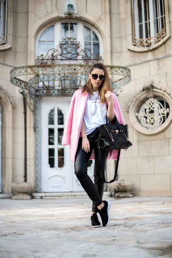 cum purtam paltonul roz primavara