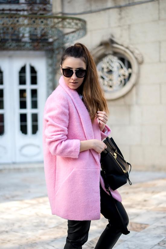 palton roz la pret mic